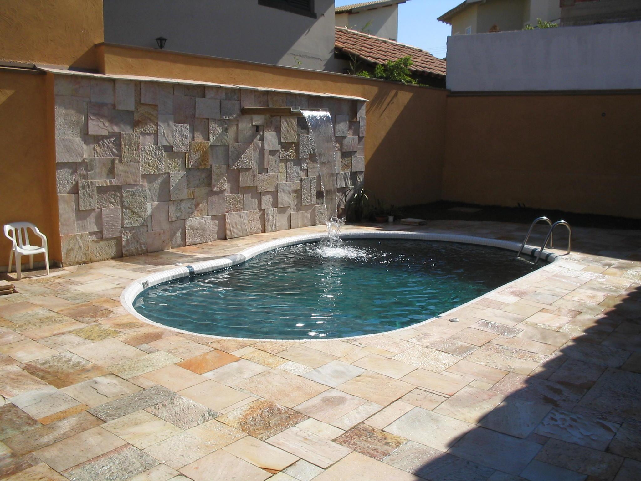 Quais s o os tipos de cascata para piscina for Tipo de piscinas