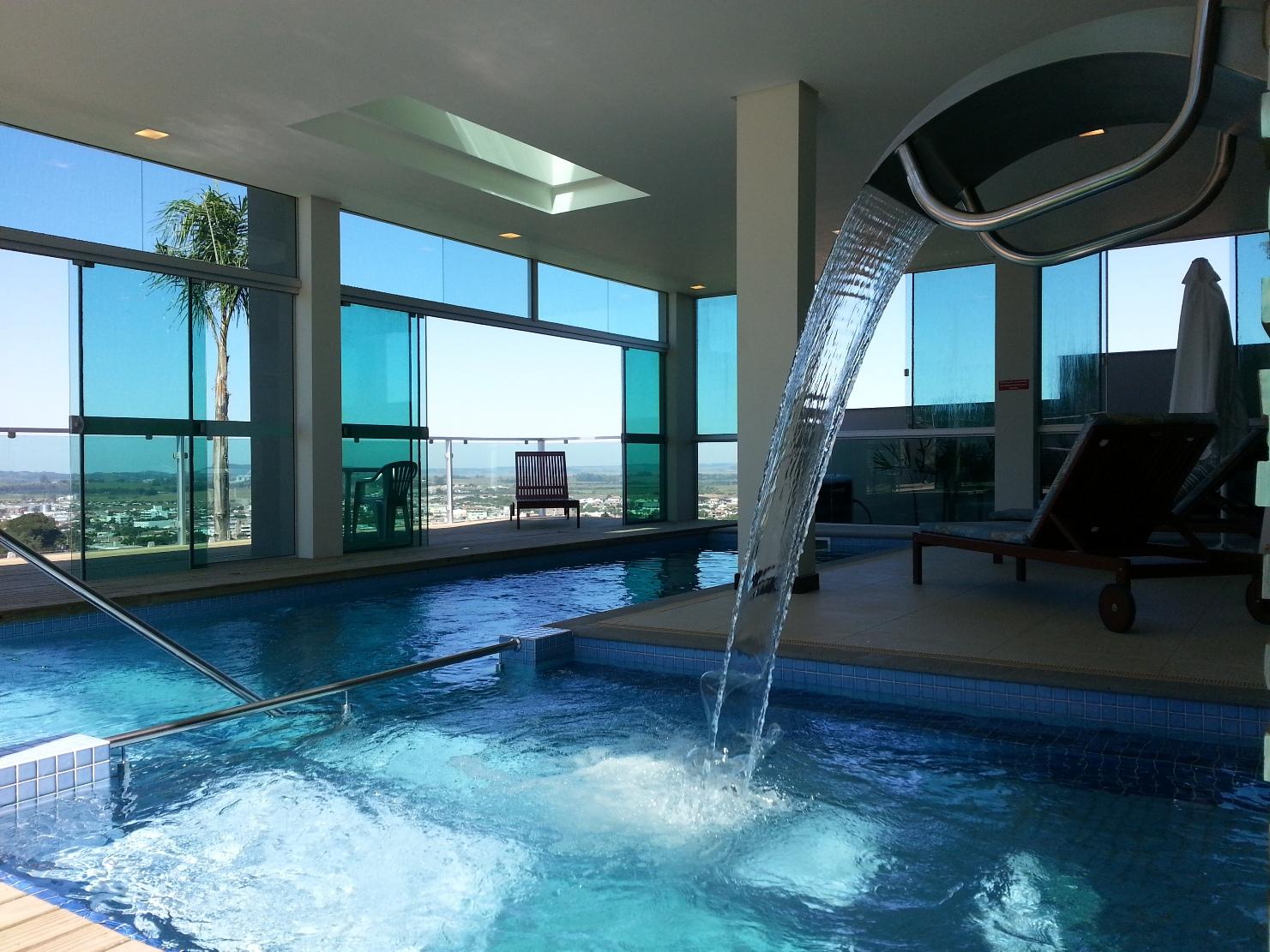 Quais s o os tipos de cascata para piscina for Ver tipos de piscinas