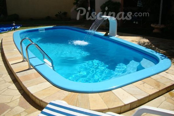 Piscinas de fibra usadas free piscina em fibra with for Piscinas de fibra usadas