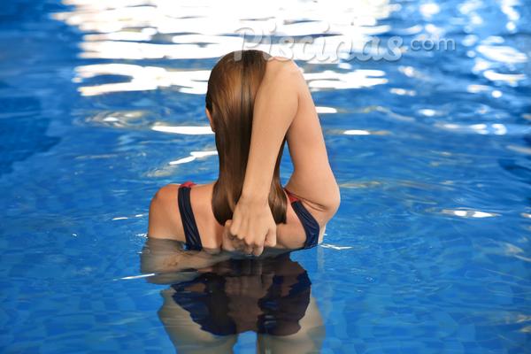 Exercícios para relaxar na piscina