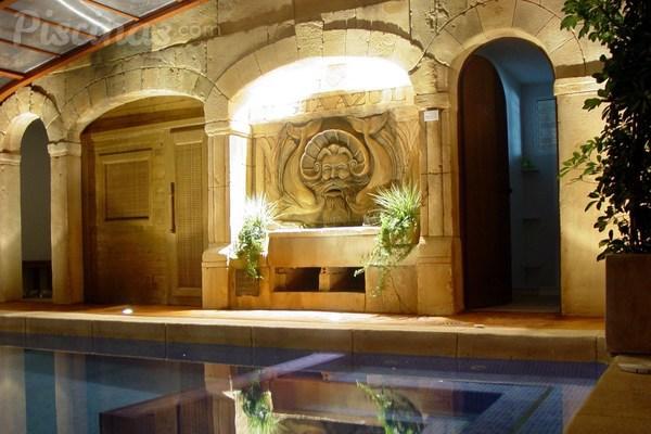 Cinco segredos para uma piscina interior perfeita