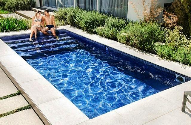 Novidade conhe a a piscina de fibra pastilhada for Piscinas de hormigon modelos