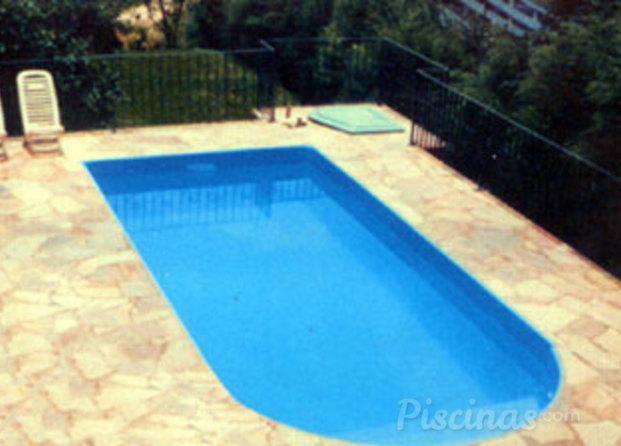 Piscinas de fibra formas de piscinas de fibra fotos for Formas para piscinas
