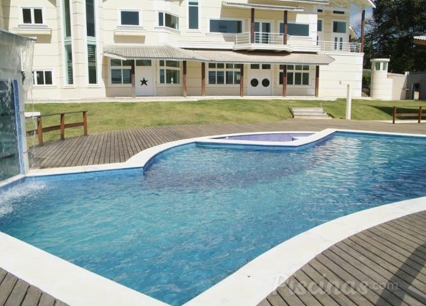 Fotos de planeta gua - Fotos de piscinas modernas ...